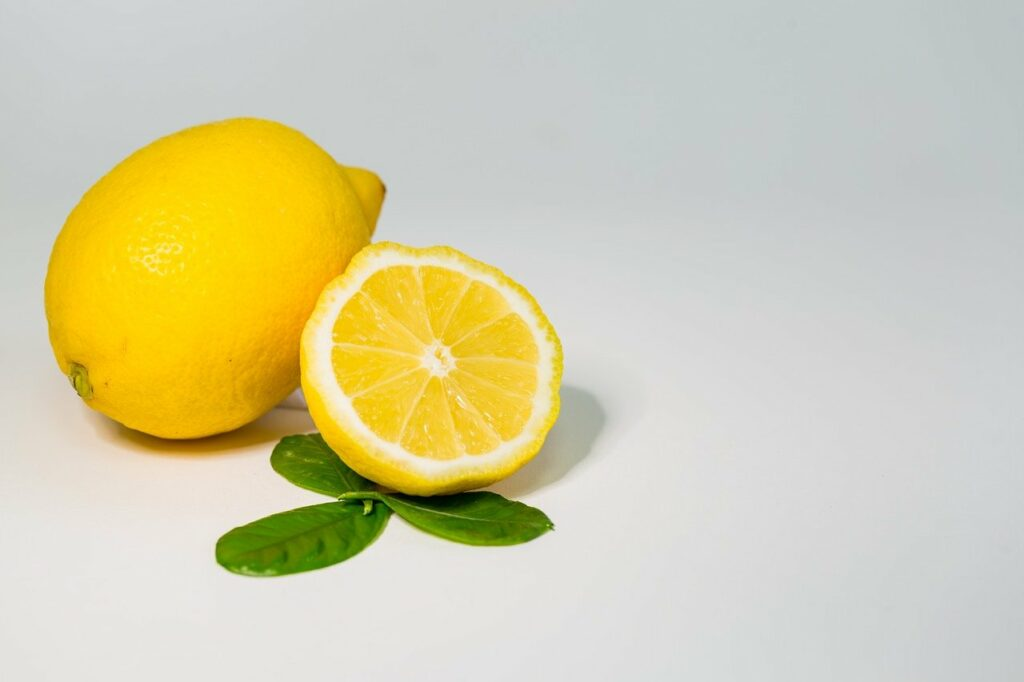 limoncello fatto in casa - MyItalian.recipes